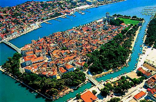 Trogir Croatia  city photos gallery : Apartments Trogir Croatia, Dalmatia, Seget Vranjica