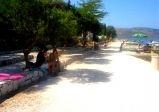 Seget Vranjica šetalište uz plažu